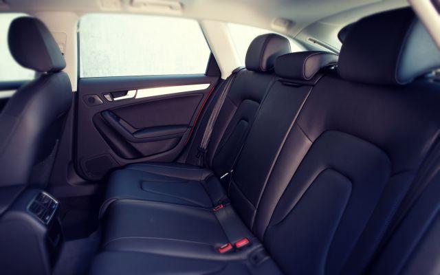 2019 Audi Q4 seats