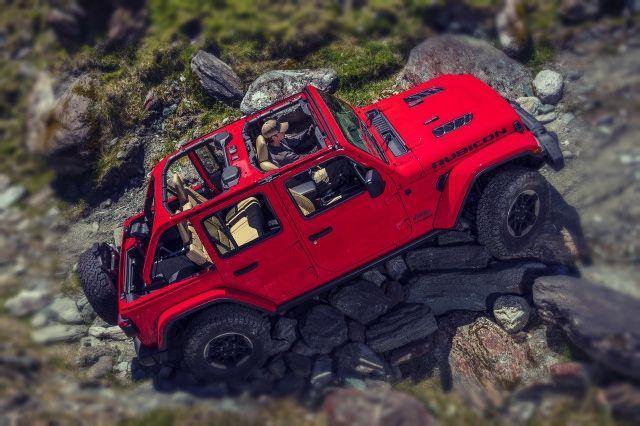 2020 Jeep Wrangler side look