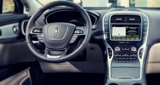 2019 Lincoln MKX interior