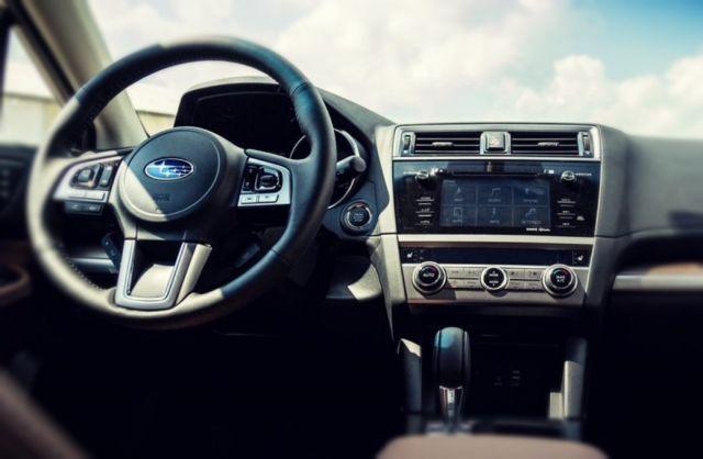2019 Subaru Outback Hybrid interior