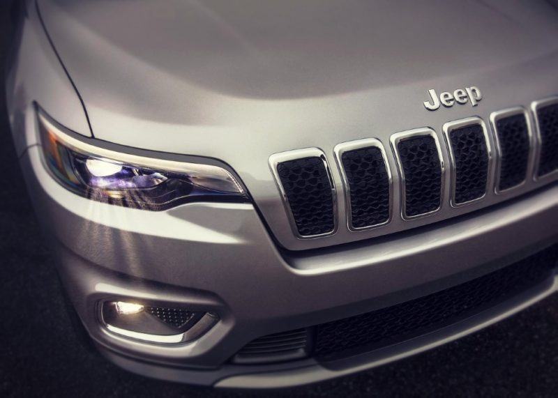 2020 Jeep Grand Cherokee Redesign, Trackhawk, Trailhawk models - 2020 / 2021 New SUV