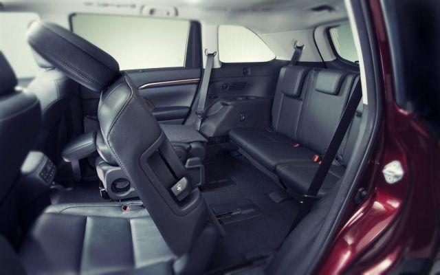 2020 Toyota Highlander seats