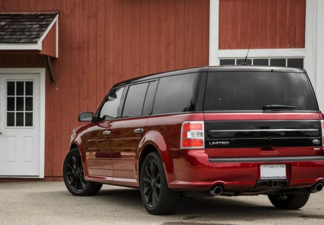 2019 Ford Flex rear