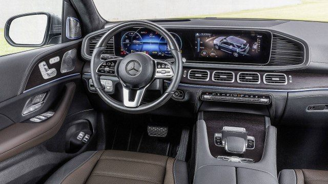2019 Mercedes-Benz GLE interior