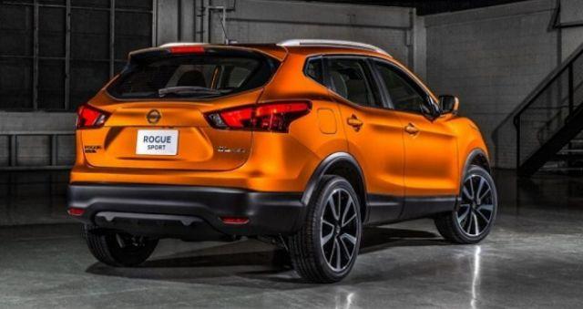 2020 Nissan Rogue rear