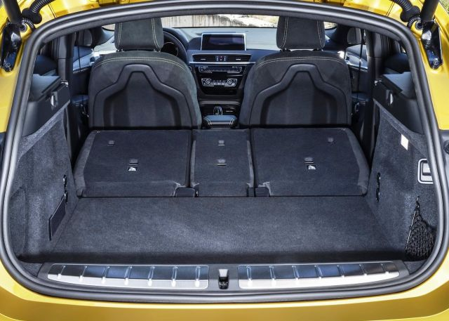 2019 BMW X2 trunk