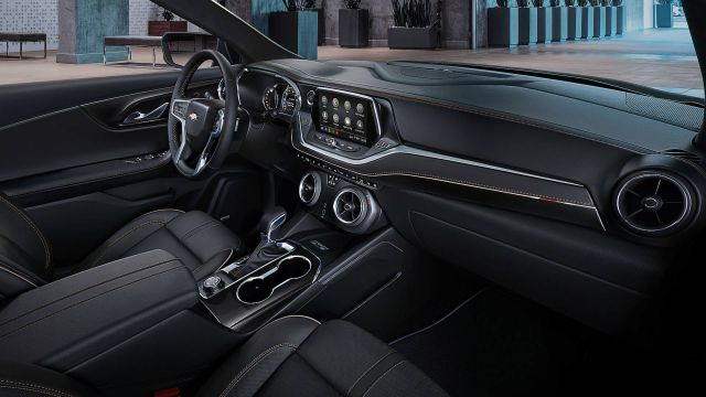 2019 Chevy Blazer interior