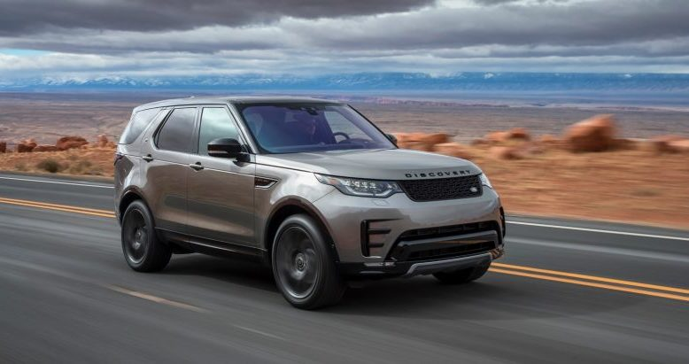 2019 Land Rover Discovery front