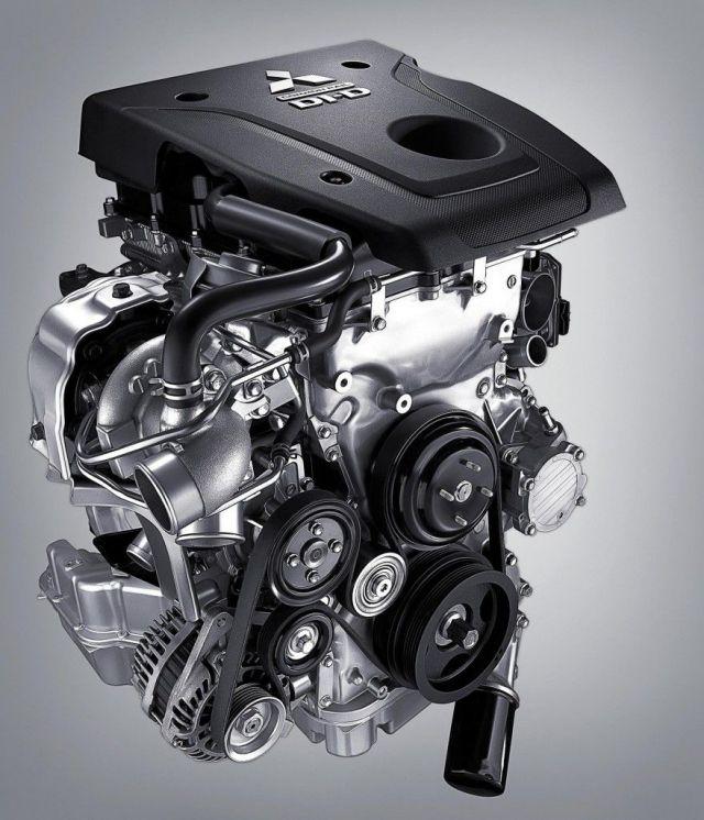 2019 Mitsubishi Pajero engine