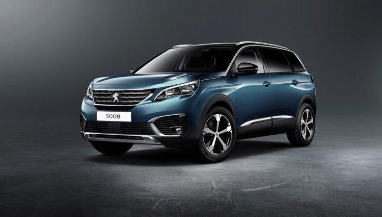 2019 Peugeot 5008 front