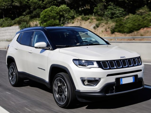 2020 Jeep Compass view
