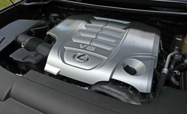 2020 Lexus LX 570 engine