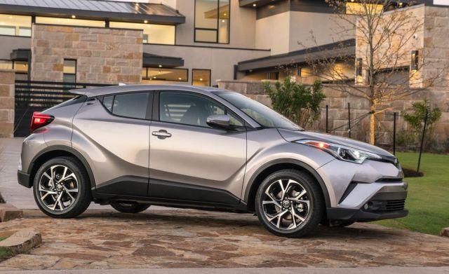 2019 Toyota C-HR front