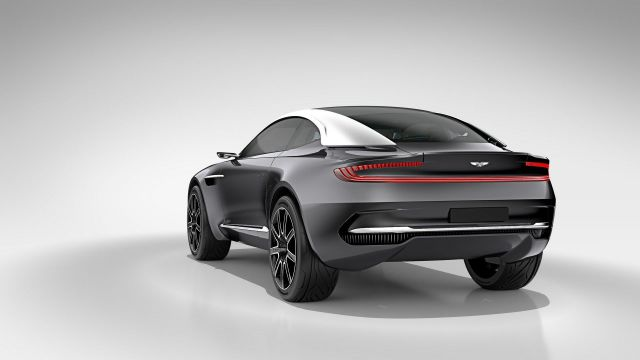 2020 Aston Martin DBX rear