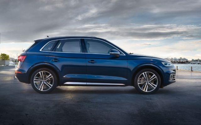 2020 Audi Q5 side