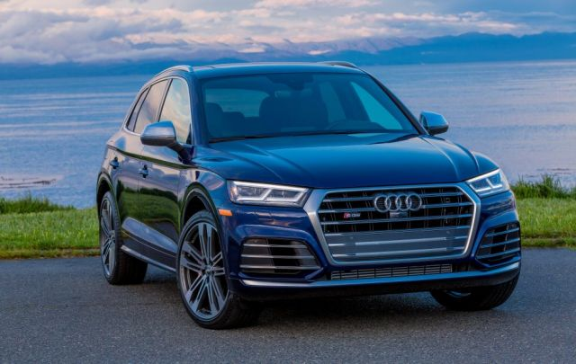 2020 Audi SQ5 front