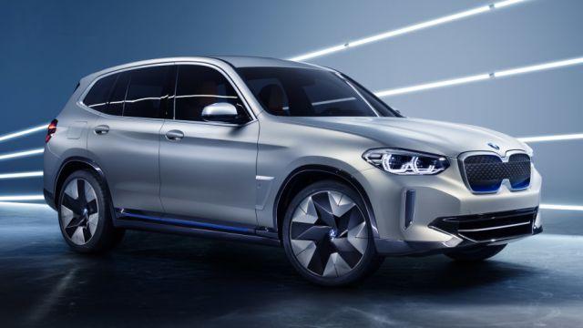 2020 BMW X3e side