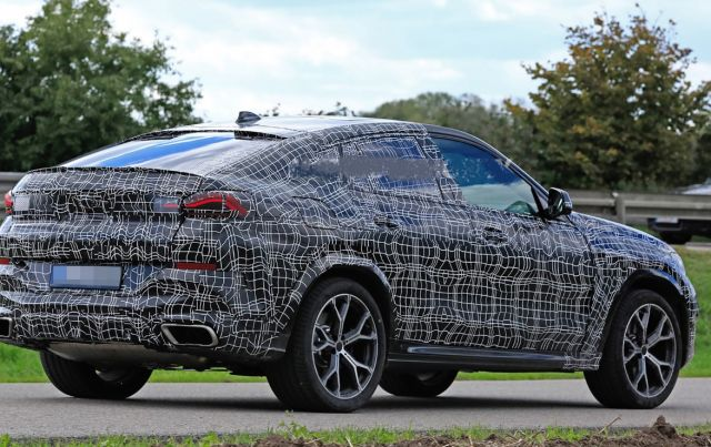 2020 BMW X6 rear