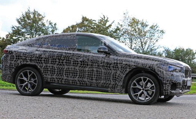 2020 BMW X6 side