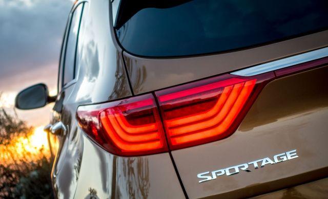 2020 Kia Sportage taillights