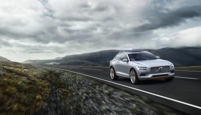 2020 Volvo XC50 front