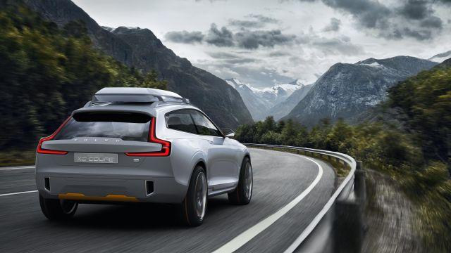 2020 Volvo XC50 rear