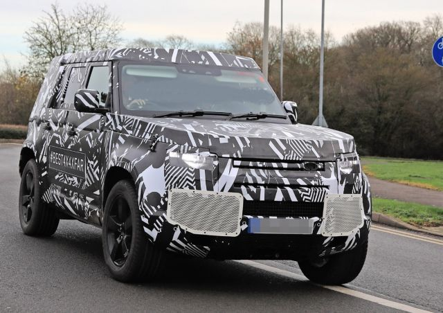 2021 Land Rover Defender front