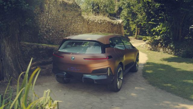 BMW Vision iNext Concept rear