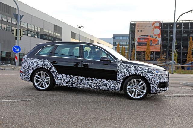 2020 Audi Q7 side