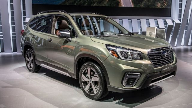 2020 Subaru Forester front