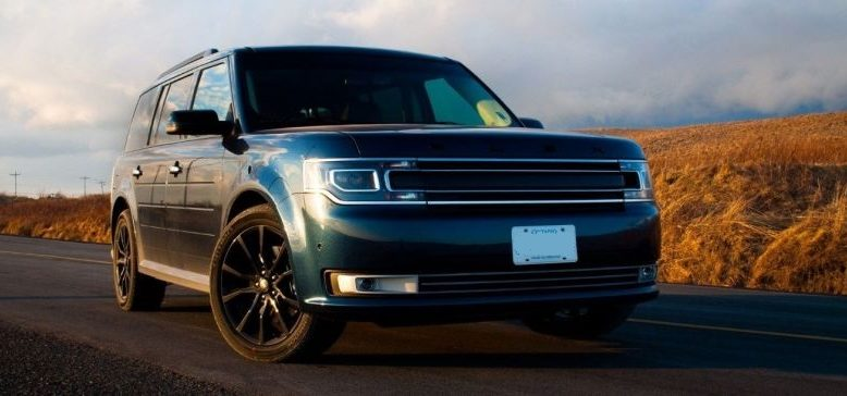 2020 Ford Flex front