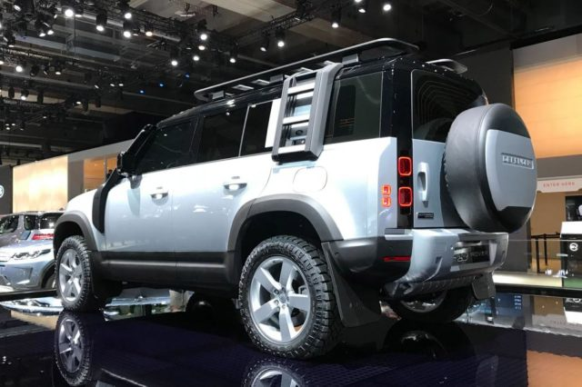2020 Land Rover Defender rear look