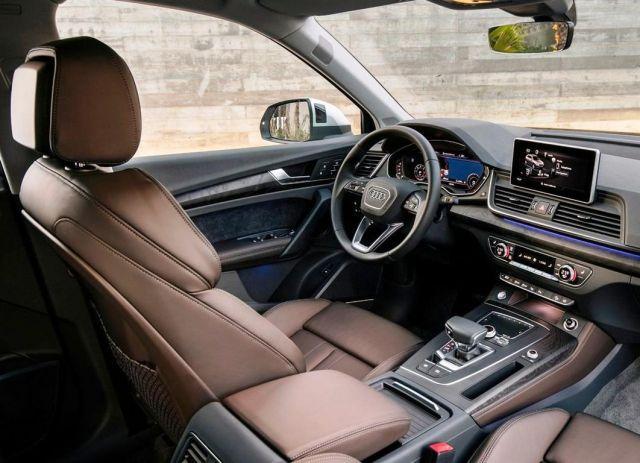 2020 Audi Q5 Hybrid interior