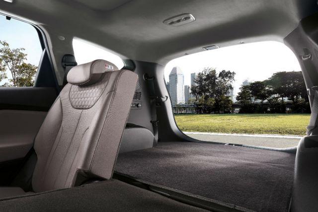 2020 Hyundai Santa Fe N cargo space