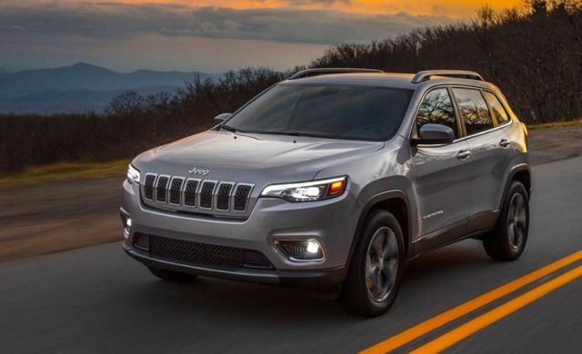2020 Jeep Cherokee front