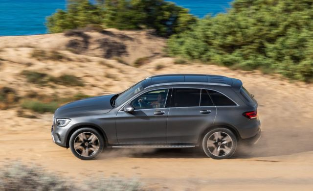 2020 Mercedes-Benz GLC side