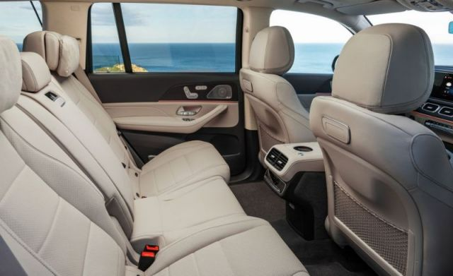 2020 Mercedes-Benz GLS interior space