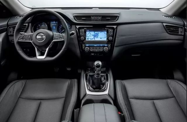 2020 Nissan X-Trail interior