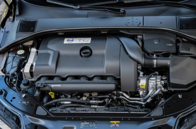 2020 Volvo XC70 engine