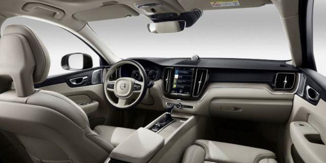 2020 Volvo XC70 interior