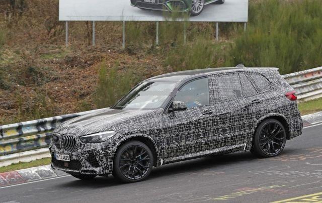 2020 BMW X5 M side