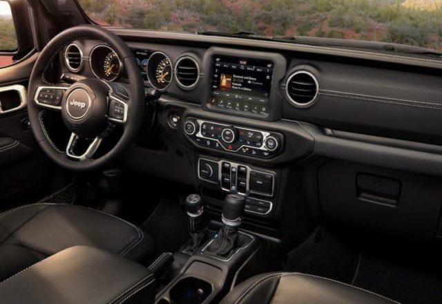 2020 Jeep Wrangler Unlimited interior