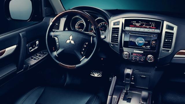 2020 Mitsubishi Montero interior