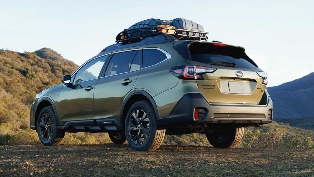 2021 Subaru Outback rear look