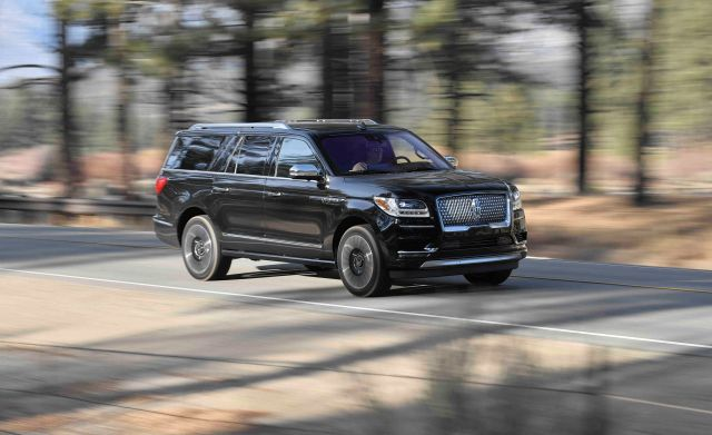 2020 Lincoln Navigator Black Label front