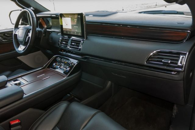 2020 Lincoln Navigator Black Label interior
