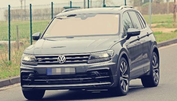 2020 VW Tiguan R Line exterior