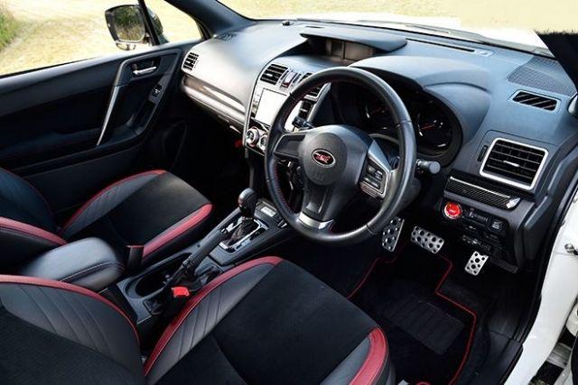 2020 Subaru Forester STI interior