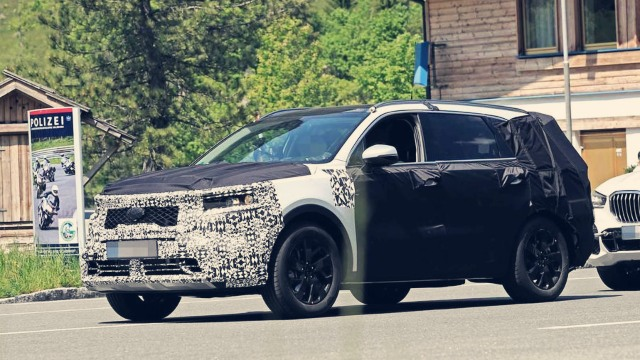 2021 Kia Sorento spy photos