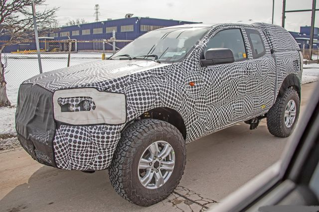 2021 Ford Bronco front